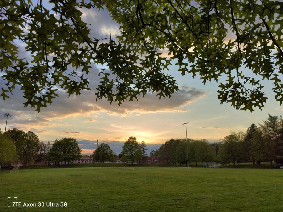 ZTE Axon 30 Ultra photo sample sunset