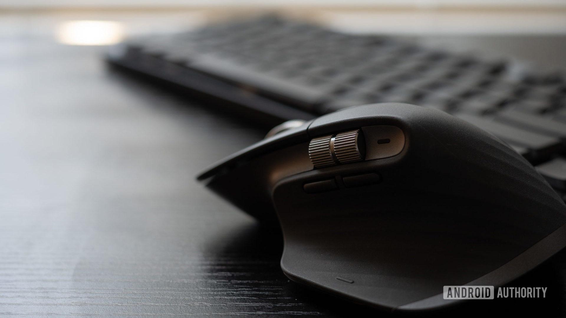 MX Master 3 beside G915 keyboard