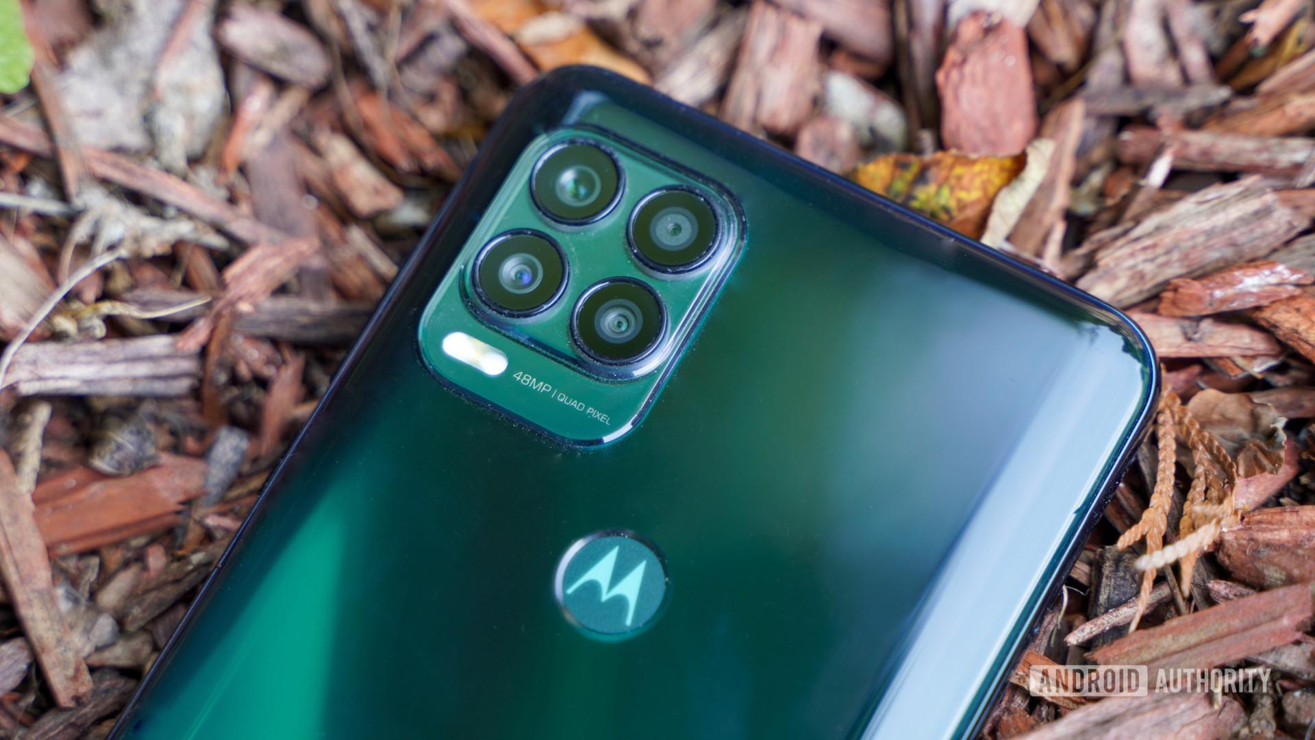 Motorola Moto G Stylus 5G camera tilted