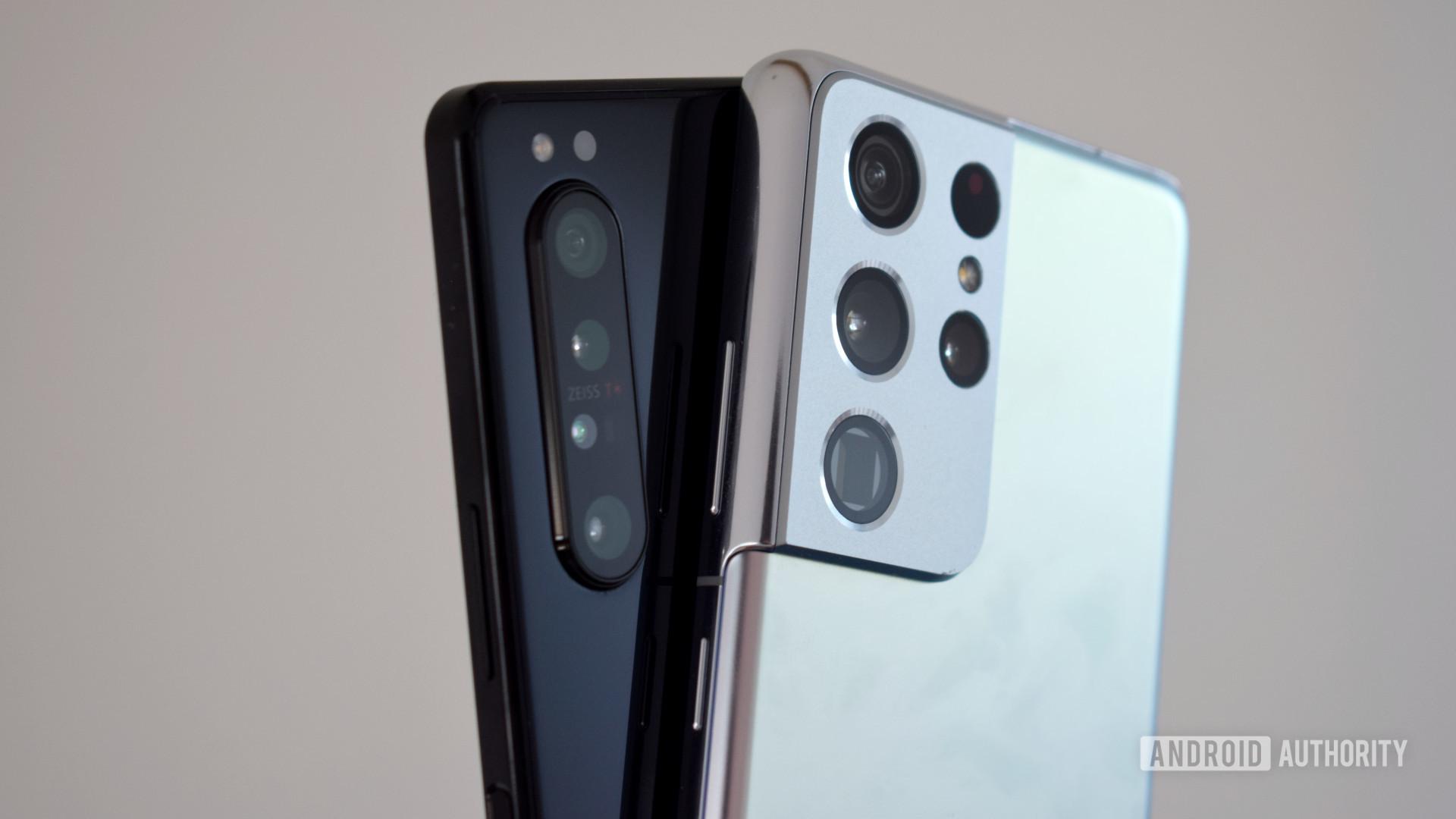Sony Xperia 1 II vs Samsung Galaxy S21 Ultra