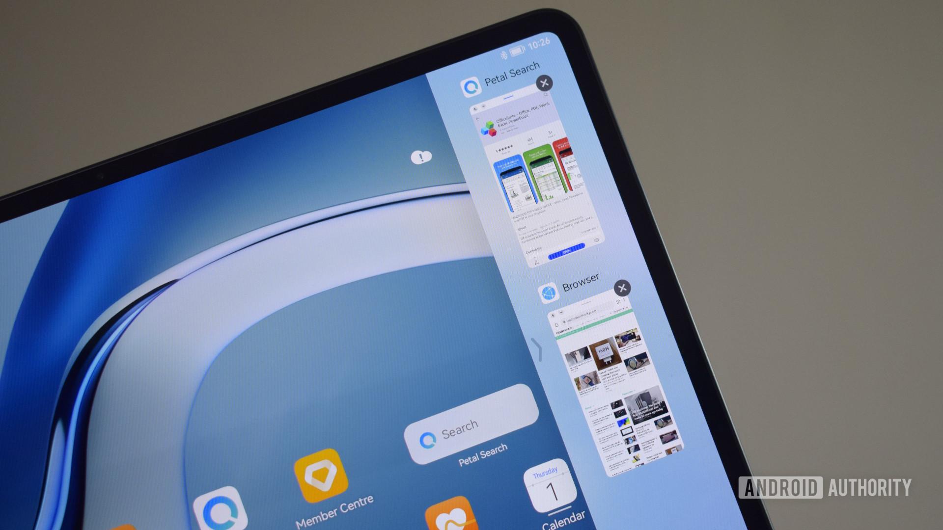 The Huawei MatePad Pro 2021 bezels.