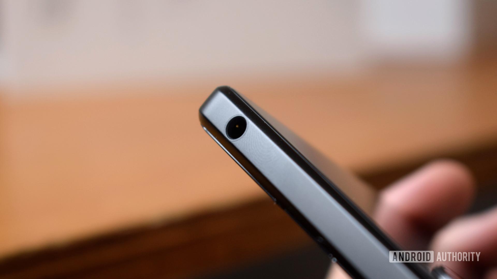 Sony Xperia 1 III headphone jack