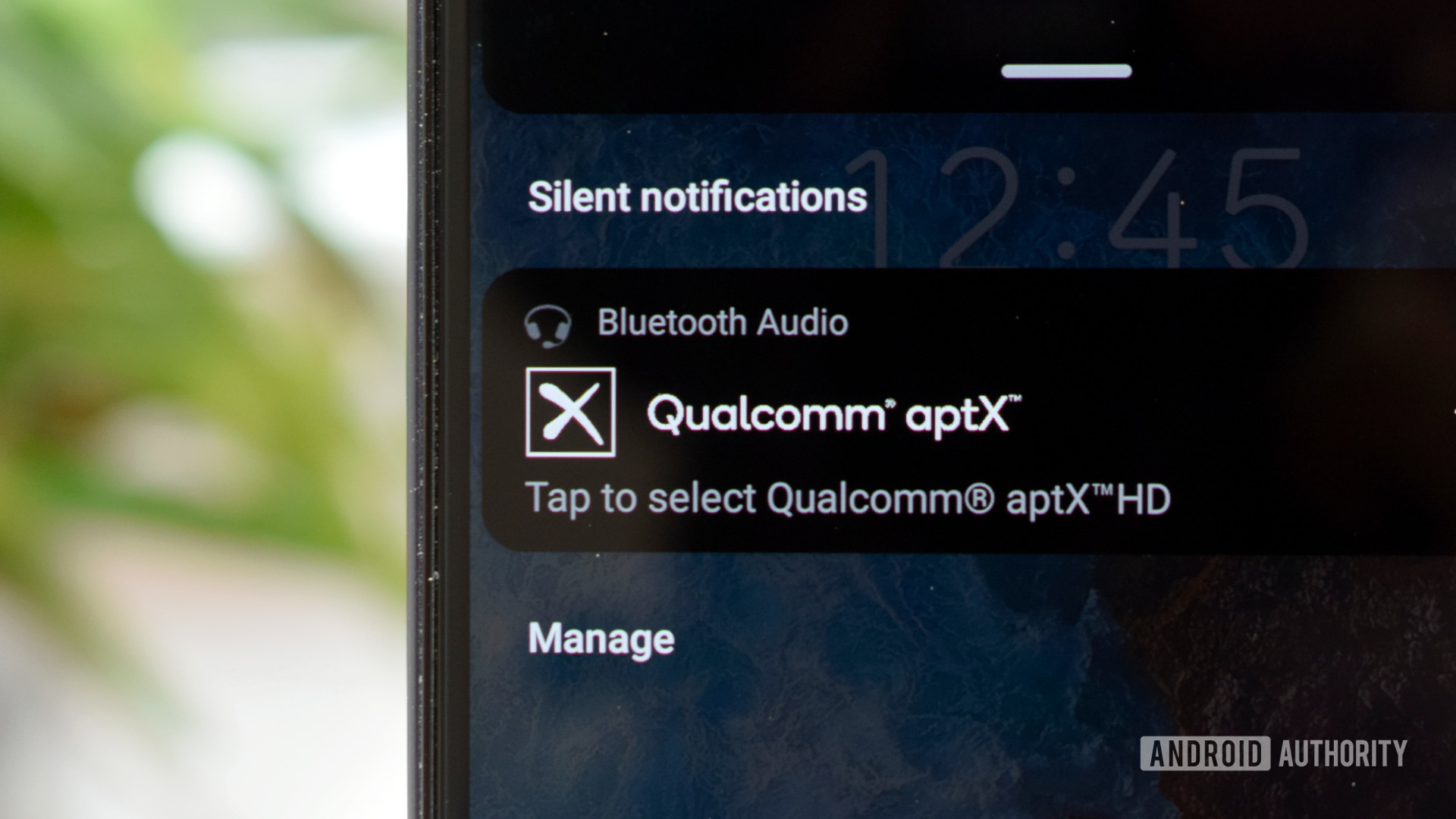Qualcomm aptX phone notification up close