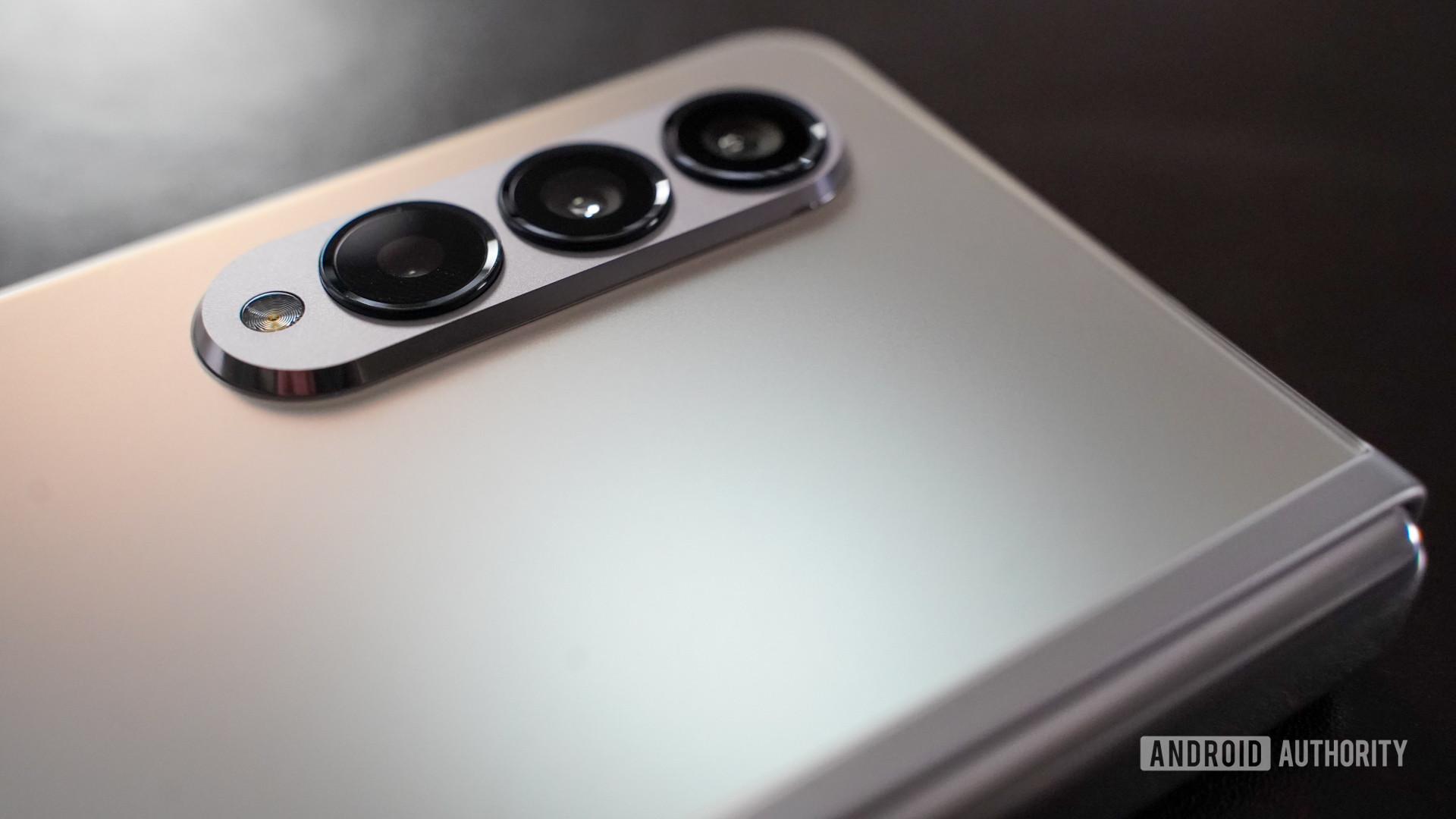 Samsung Galaxy Fold 3 camera closeup
