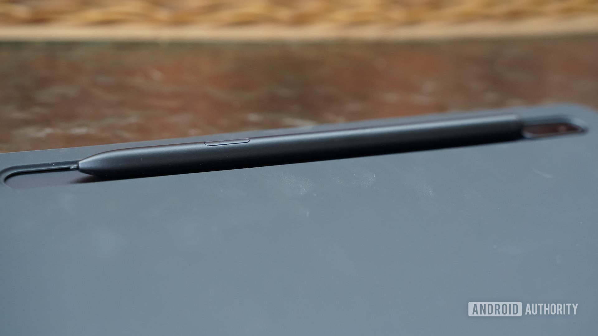 Samsung Galaxy Tab S7 FE S Pen slot