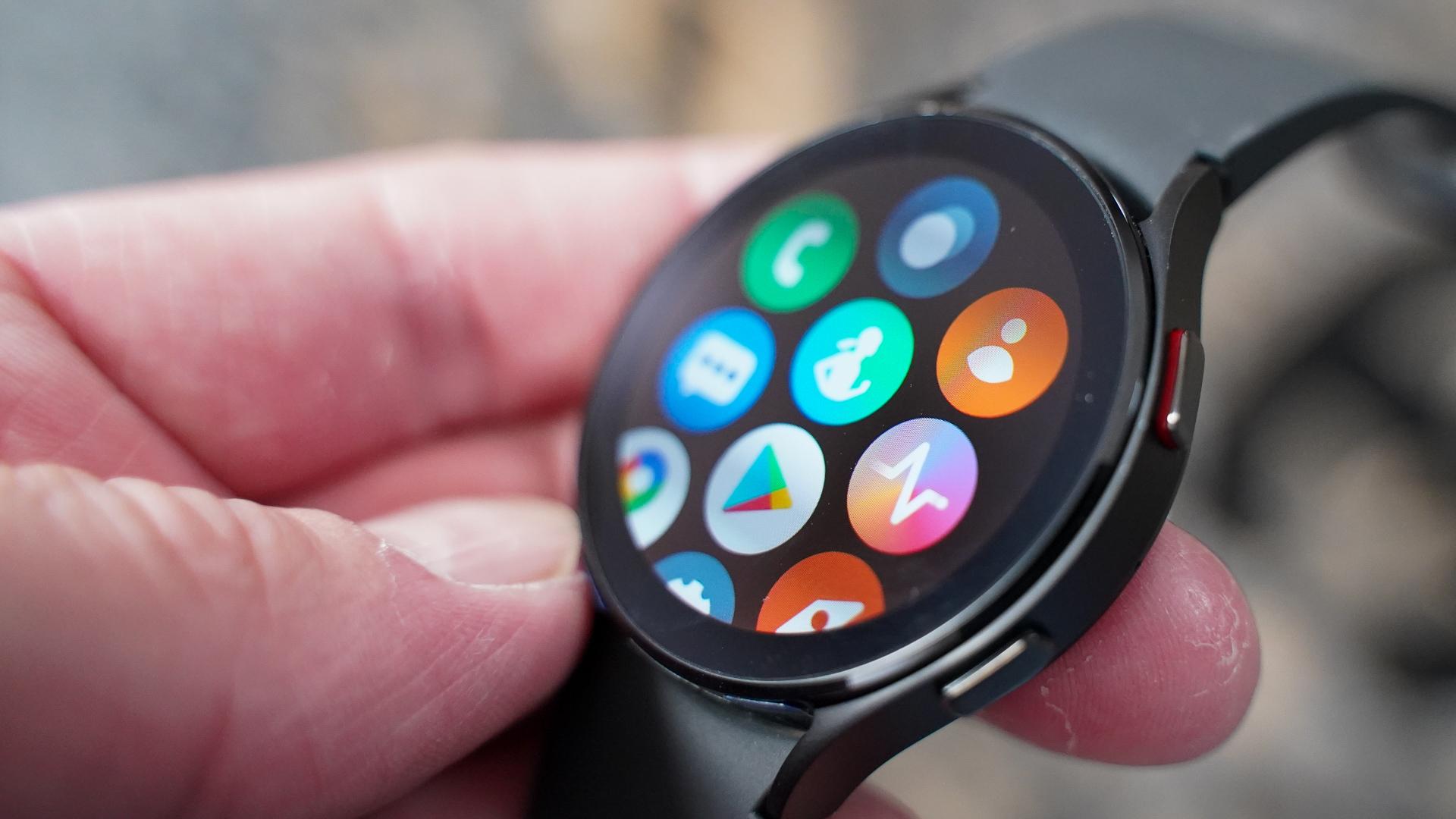 Samsung Galaxy Watch 4 app menu right profile