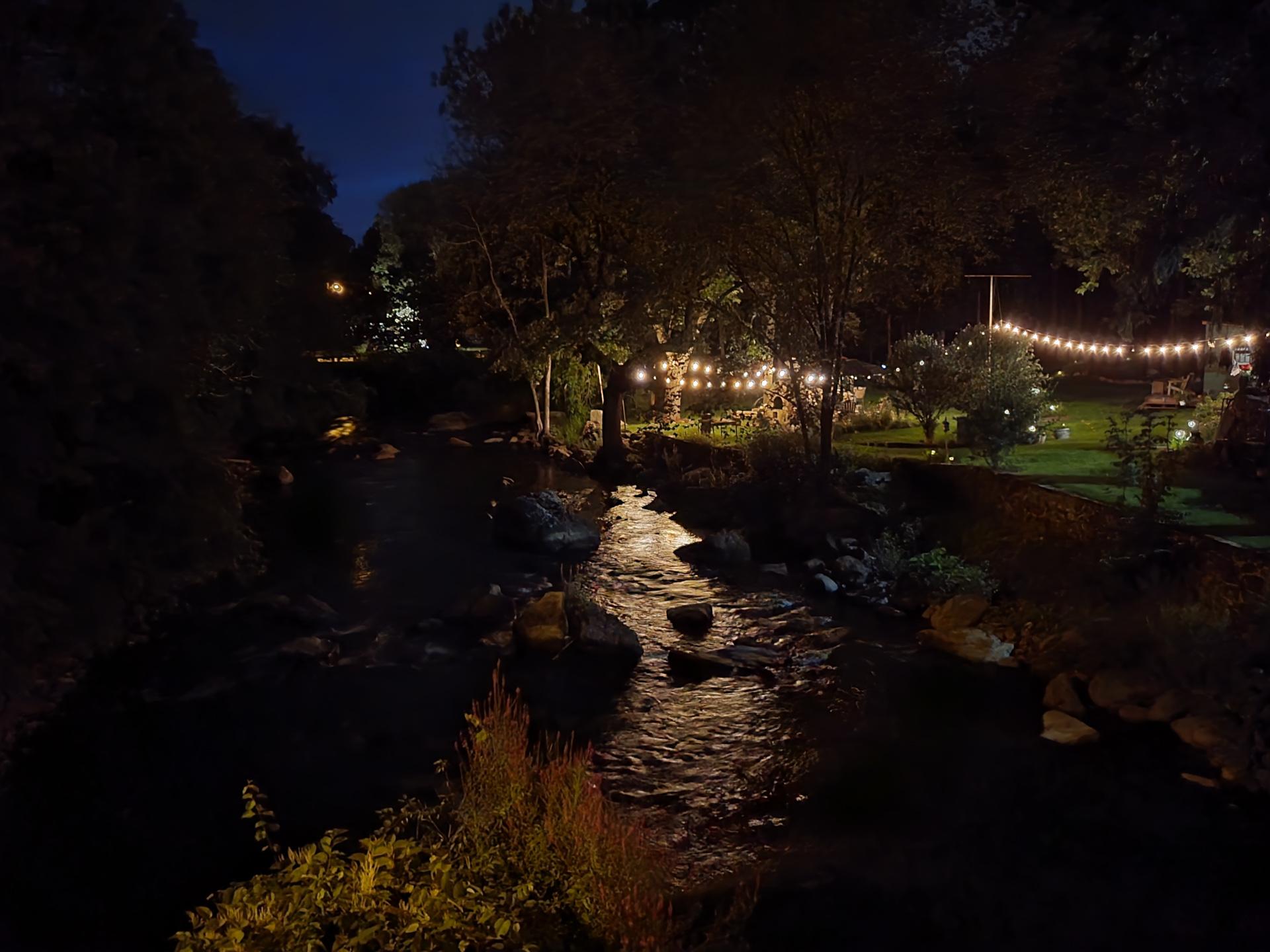 Samsung Galaxy Z Flip 3 photo sample River at night