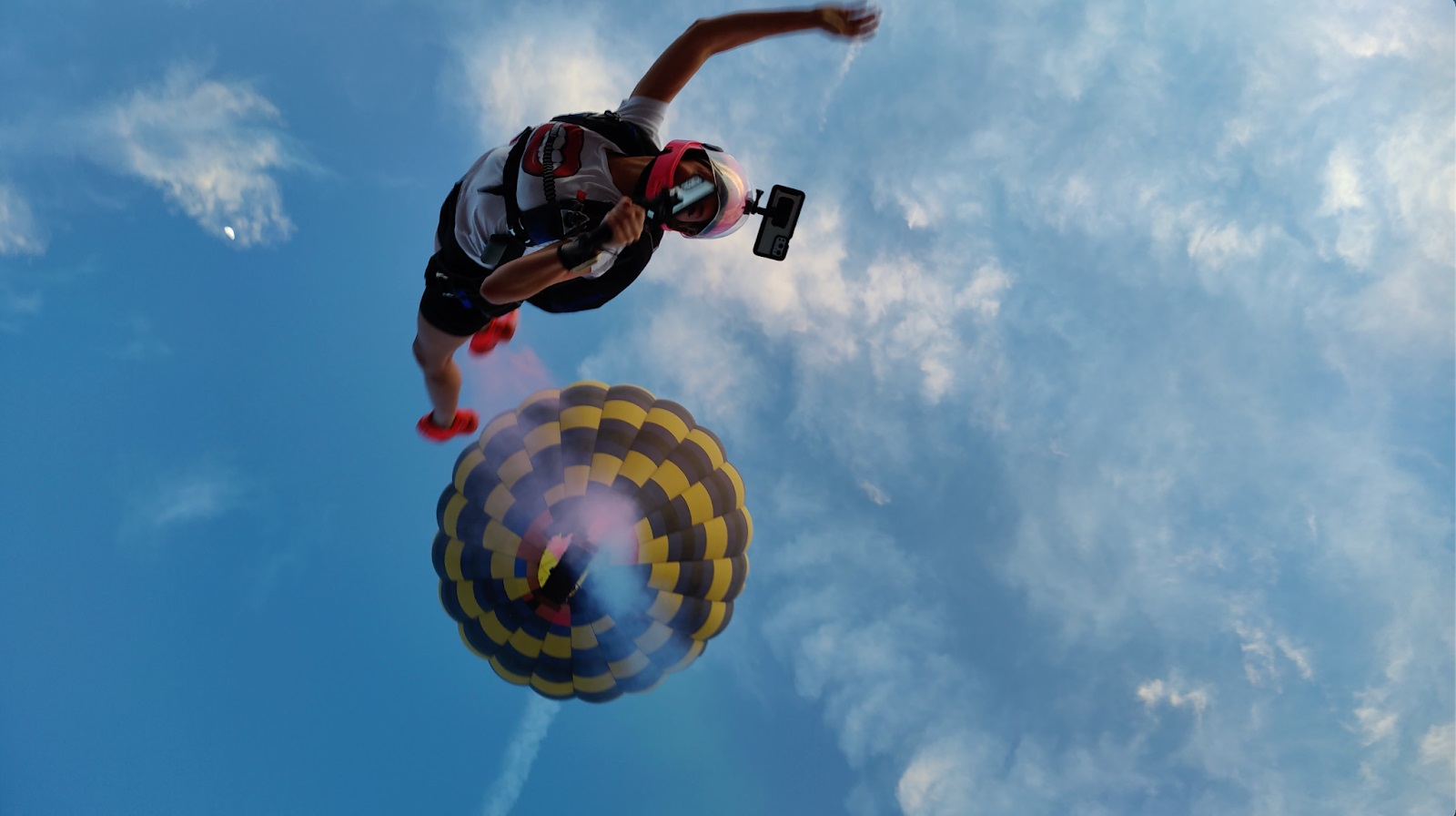 oneplus skydiving action