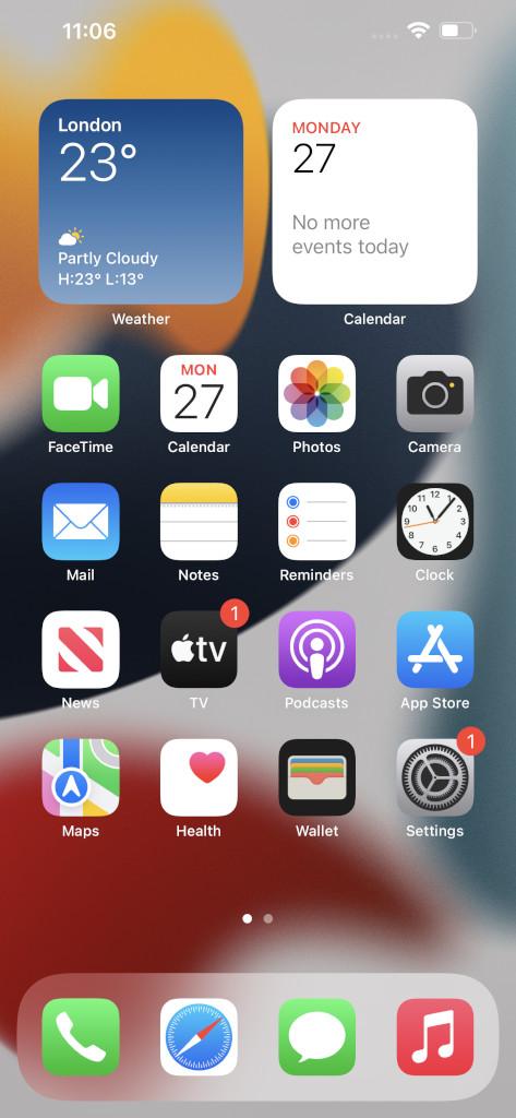 Apple iPhone 13 Pro Max Homescreen Screenshot