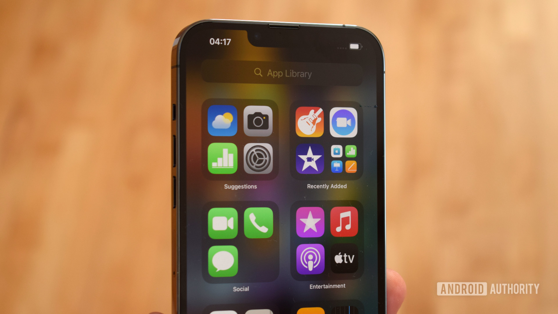 Apple iPhone 13 Pro Max app library
