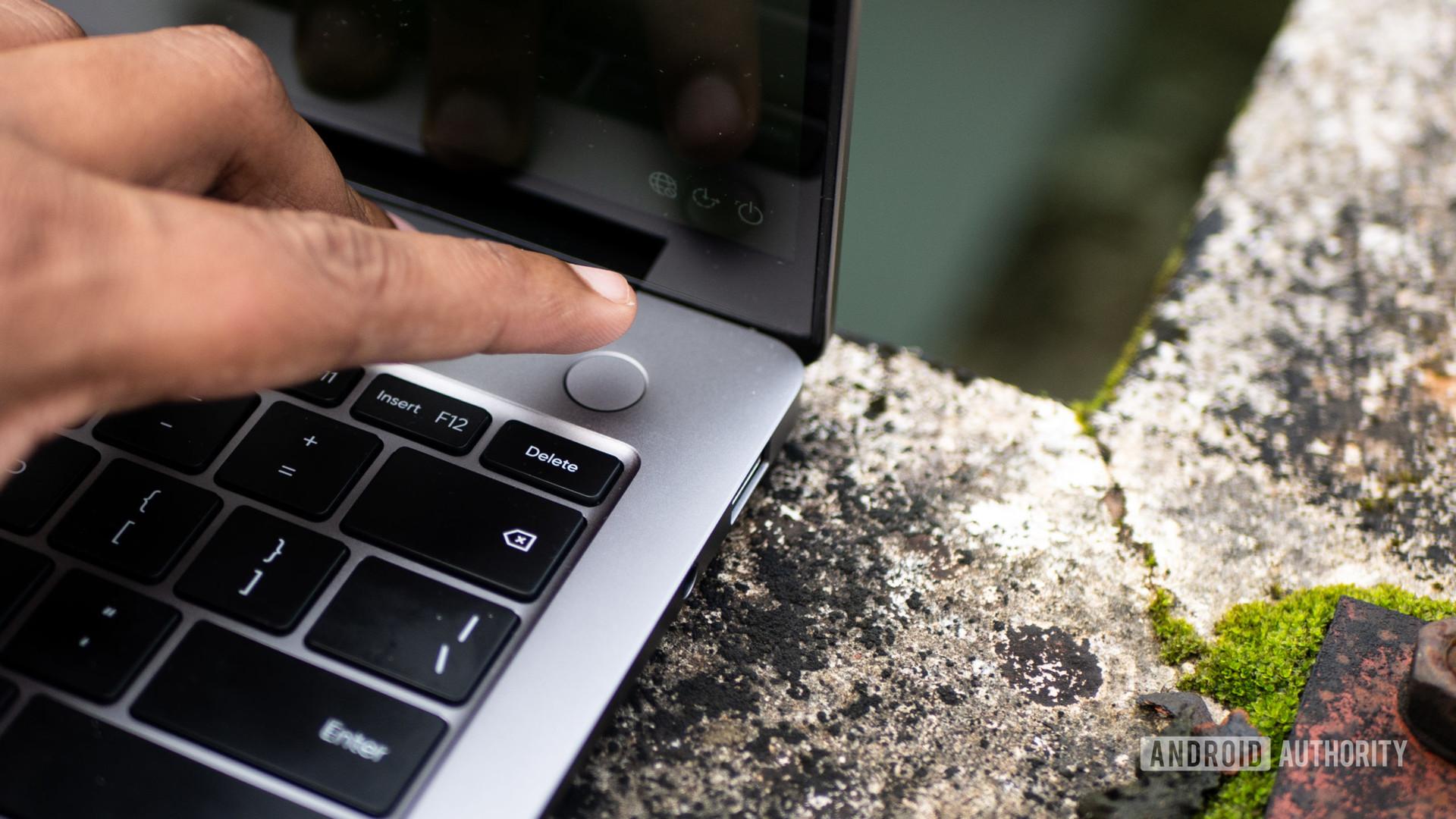 Realme Book fingerprint sensor