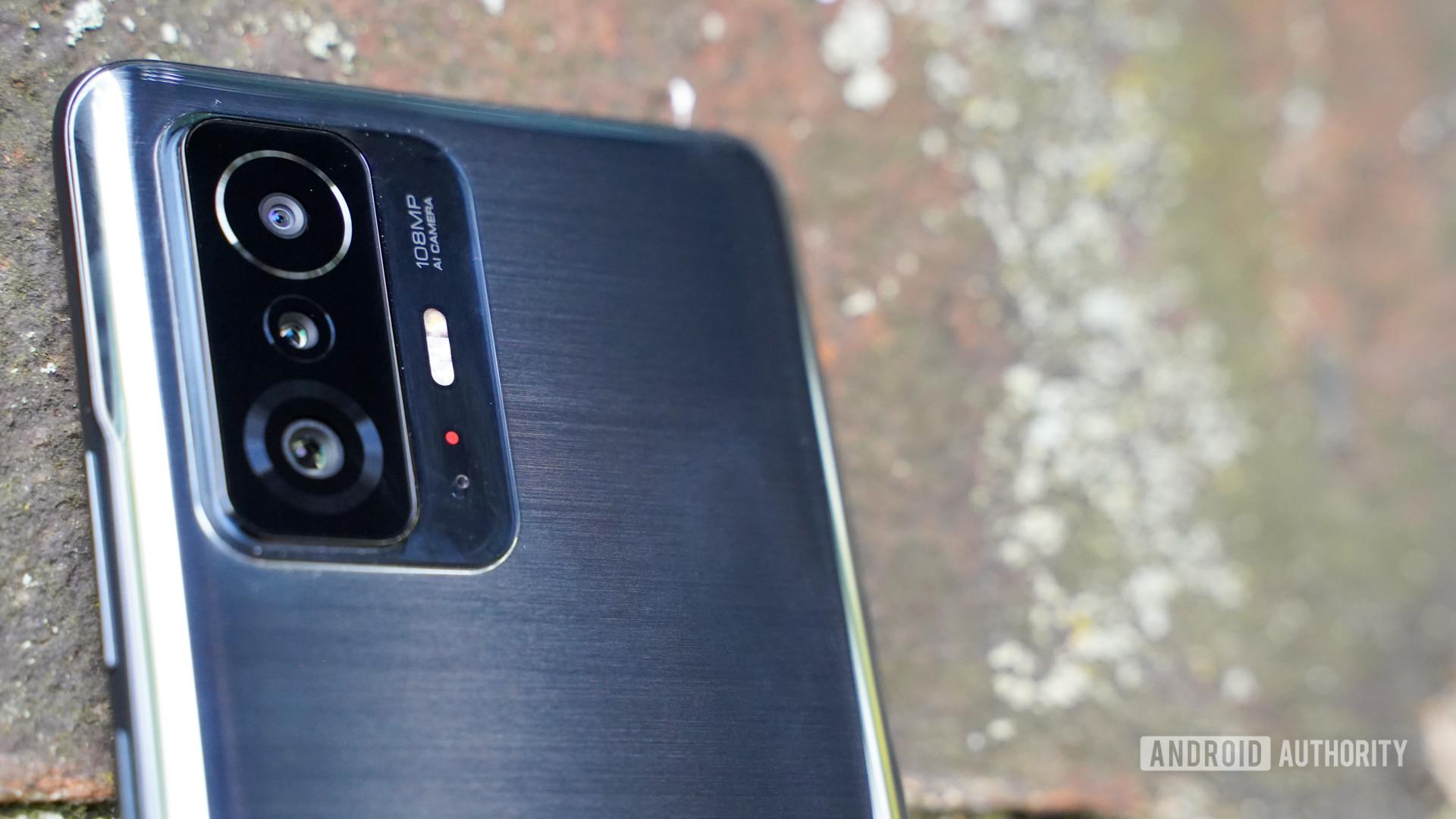 Xiaomi 11T Pro main camera closeup