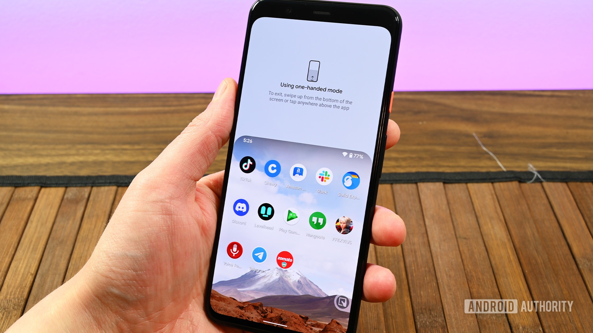 Android 12 one handed mode