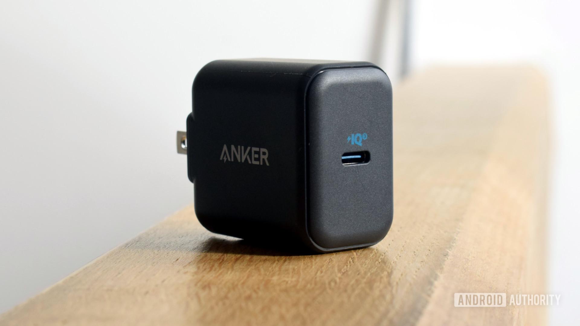 Anker PowerPort III 25W USB C port