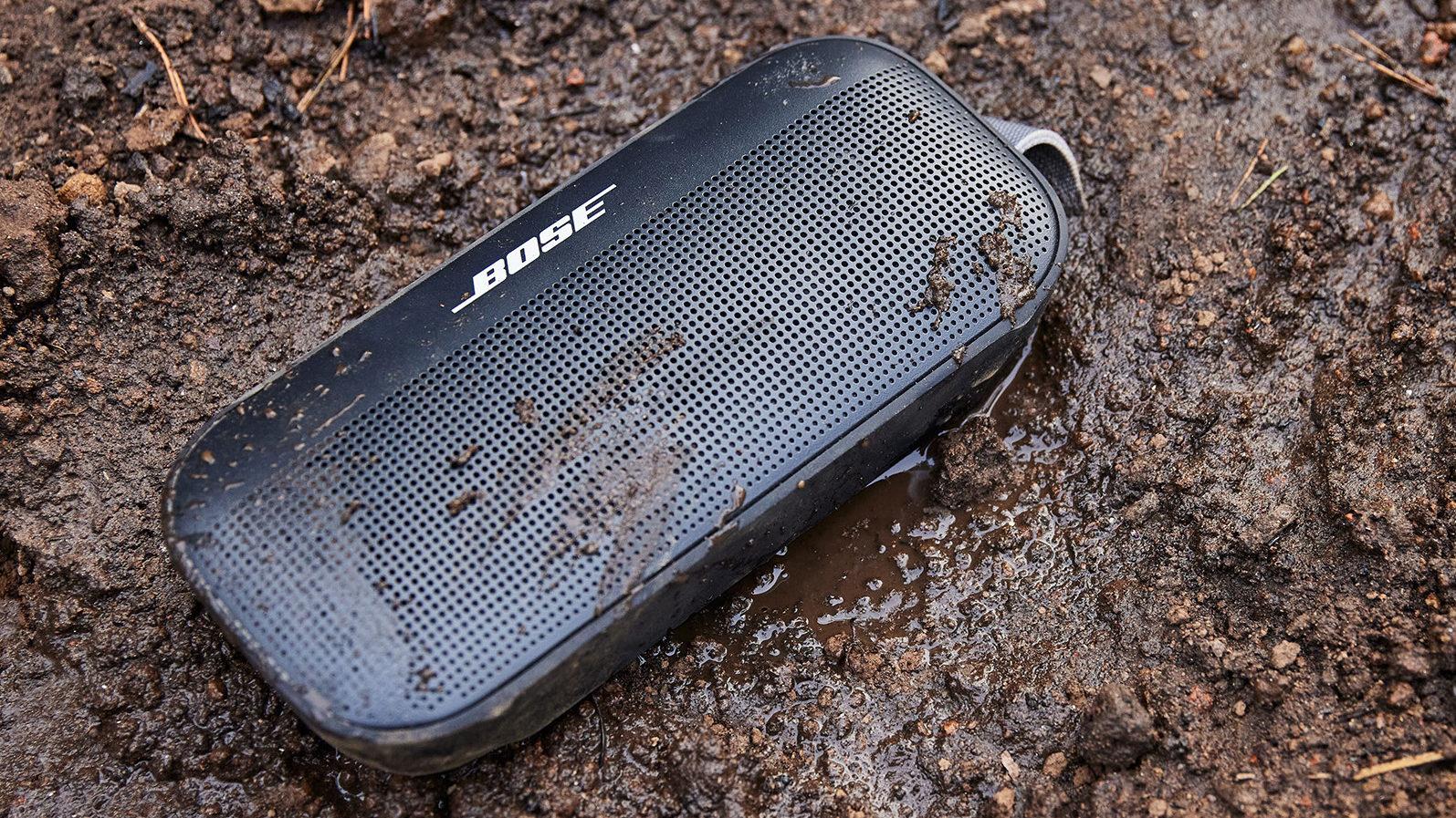 Bose SoundLink Flex black dirt mud bluetooth speaker