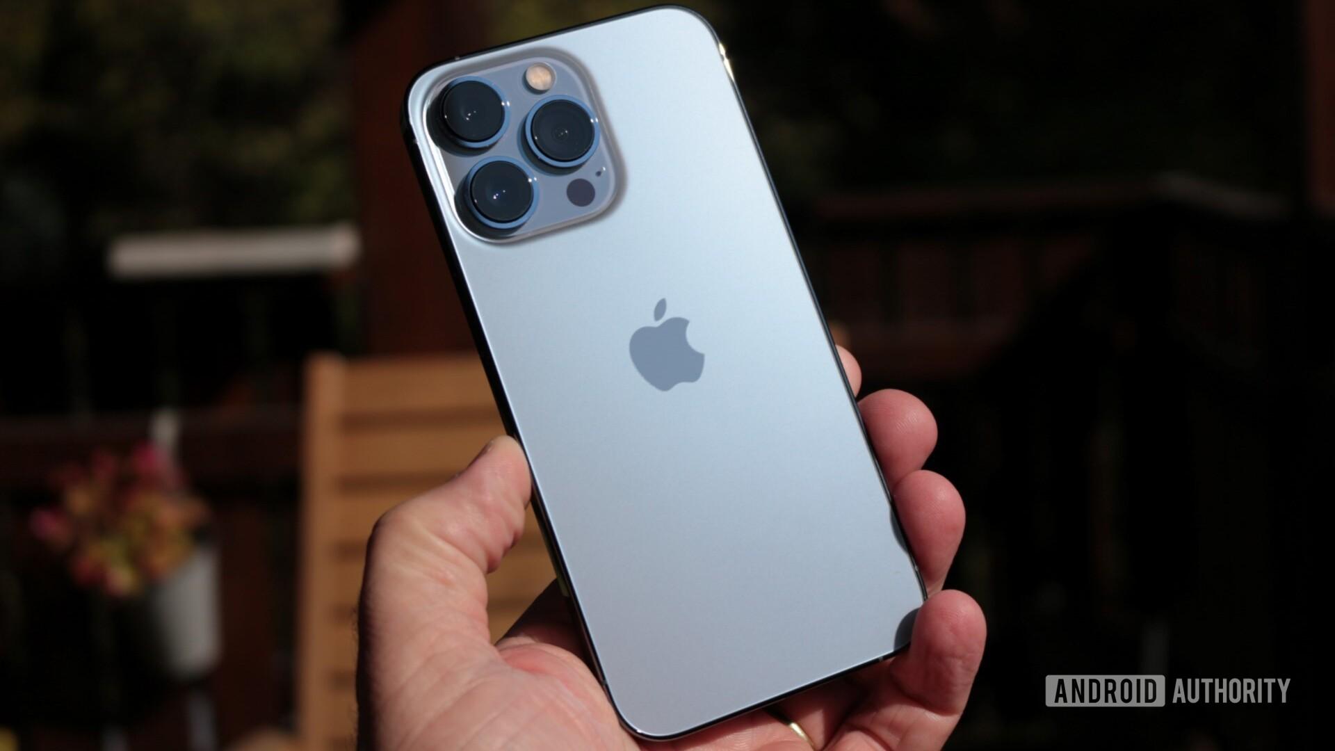 iPhone 13 Pro rear sun glint
